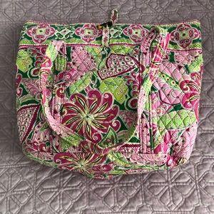 Handbags - Vera Bradley tote bag
